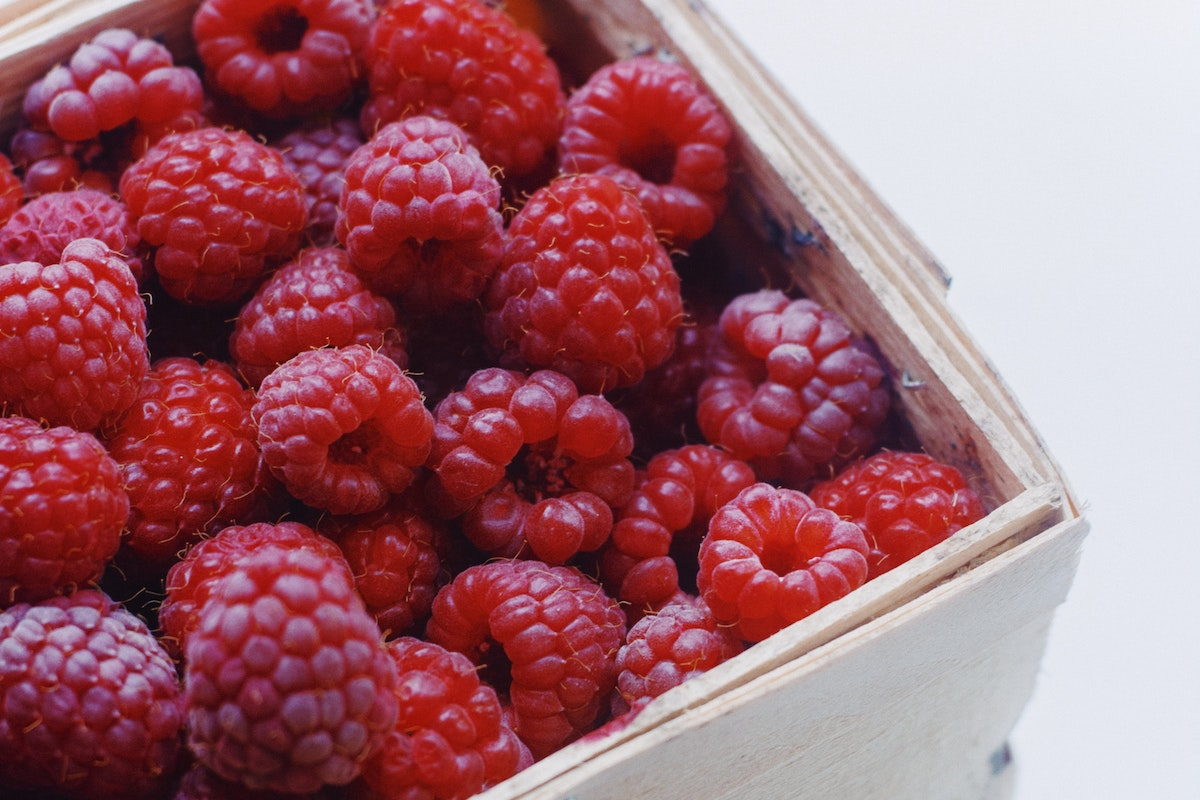 Red Raspberry Seed Oil for Skin, A Super Food with Super Anti-Aging Properties 1