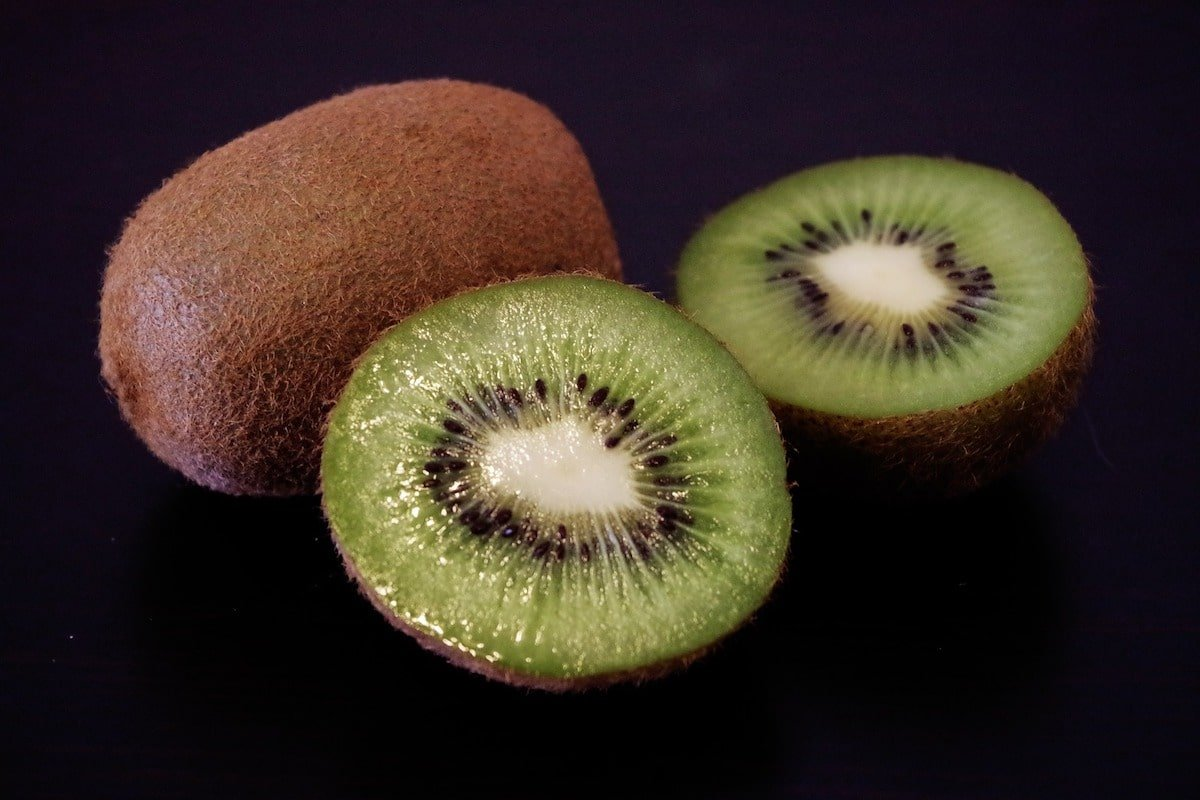 Rich in antioxidants, Kiwi is one of the best ingredients when come to skin care.