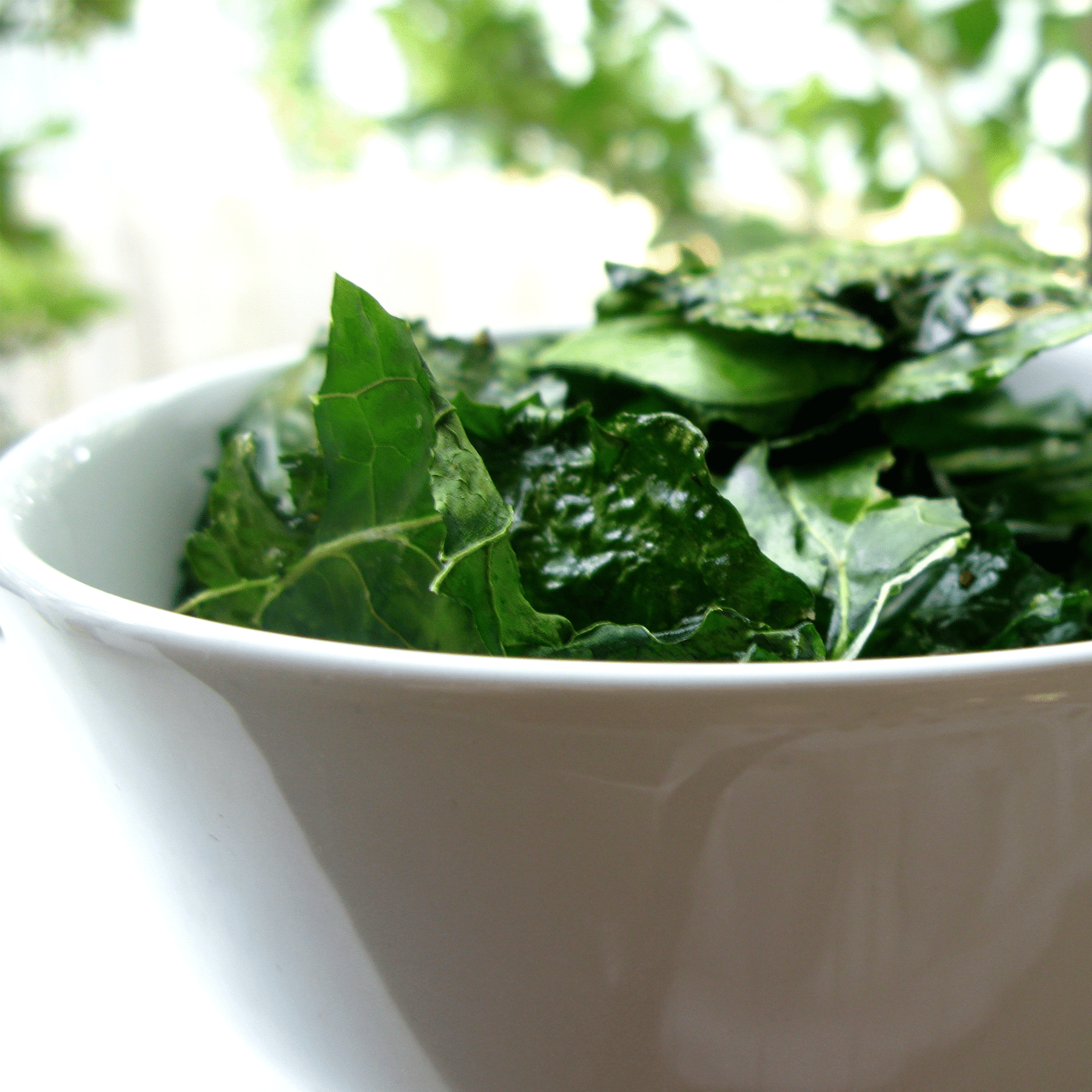 Easy And Delicious Raw Kale Salad