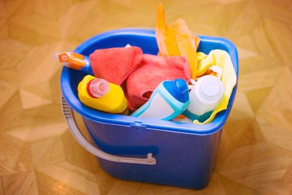 how to dispose of household chemicals