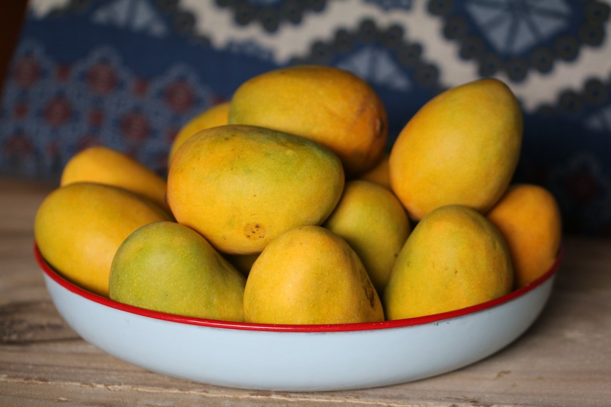 How to Rejuvenate Your Skin With the Benefits of Mango Butter