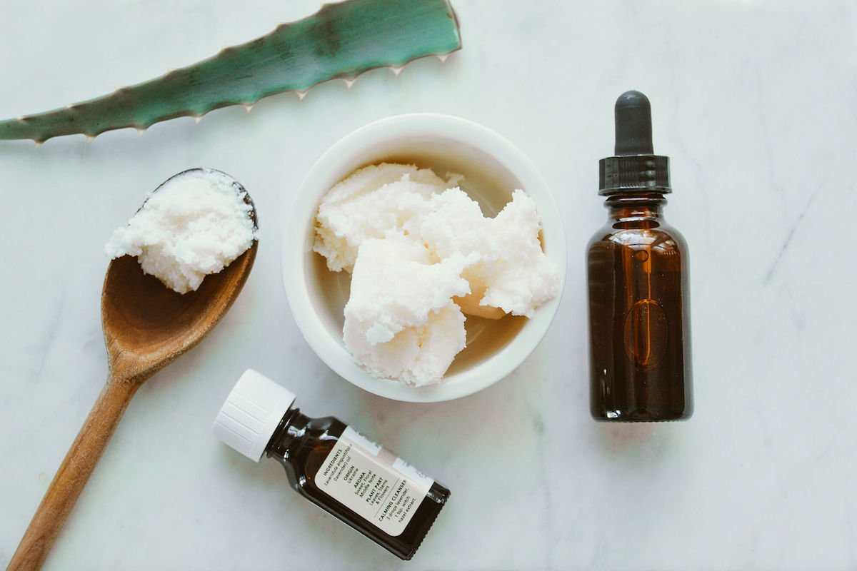 DIY: The Daily Skin-Firming Moisturizer That Won't Clog Your Pores 5