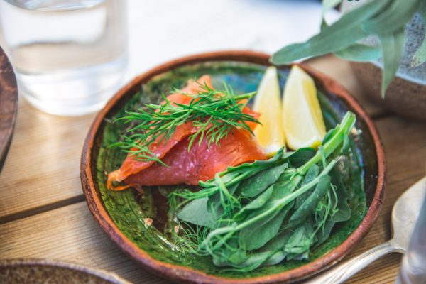 get rid of bloating salmon spinach