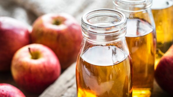 oil training your hair with apple cider vinegar