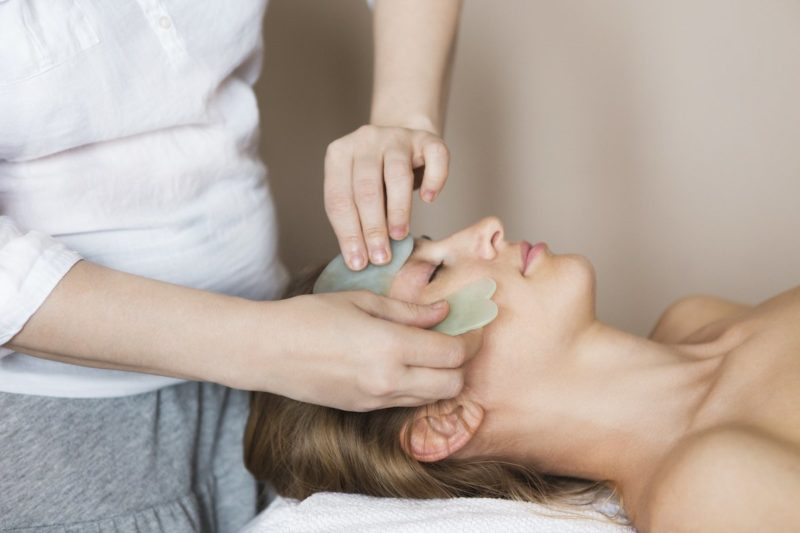 What is Gua Sha Facial and How To Use The Tool On Yourself