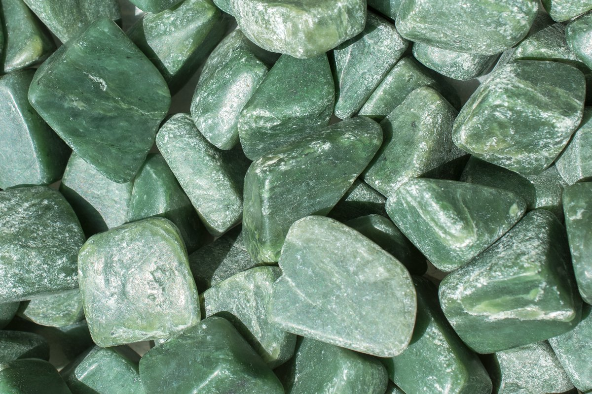 Jade: Skin Benefits and Home Ritual Uses