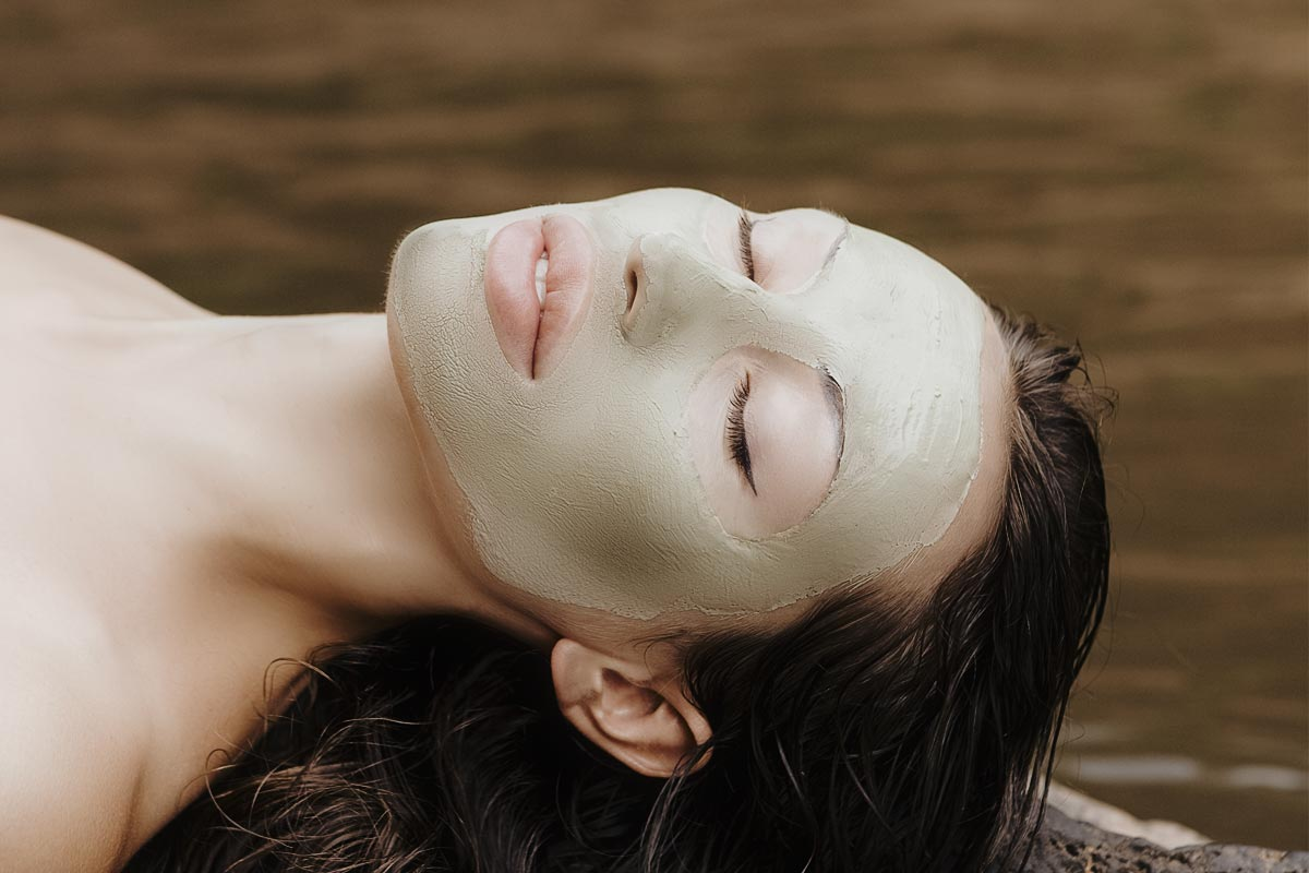 Dead Sea Clay for Skin, the Ancient Exfoliating, Nurturing Spa Treatment 2